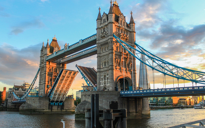 Spend a romantic weekend away in London